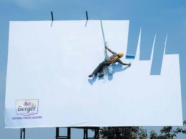 Half verdwenen billboard