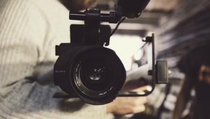 Bedrijfsvideo laten maken - let op de voice-over